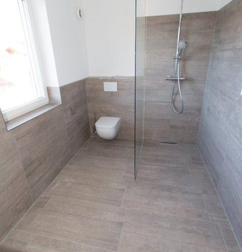 Duschbad 1.OG