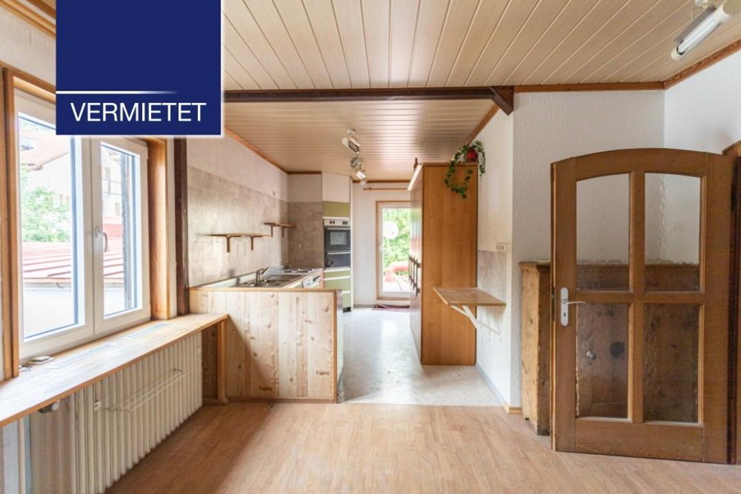 +VERMIETET+ große Wohnung mit Aufzug im Zentrum zu vermieten
