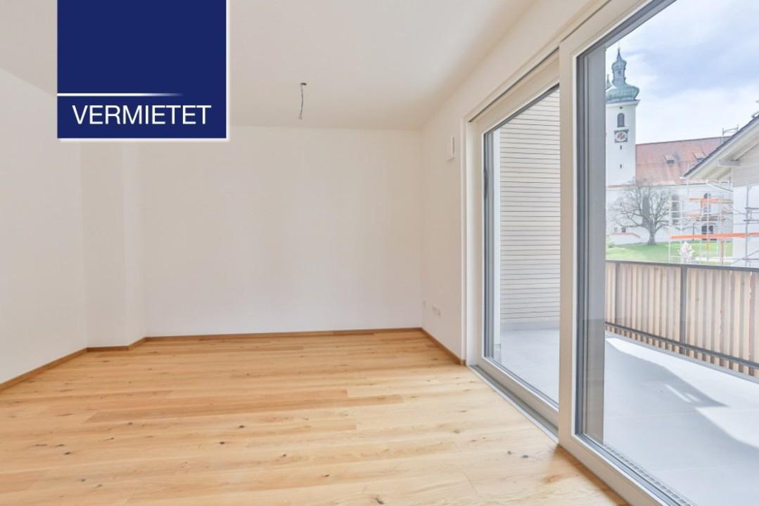 +VERMIETET+ großzügige 2-Zimmer-Wohnung mit TG und Aufzug
